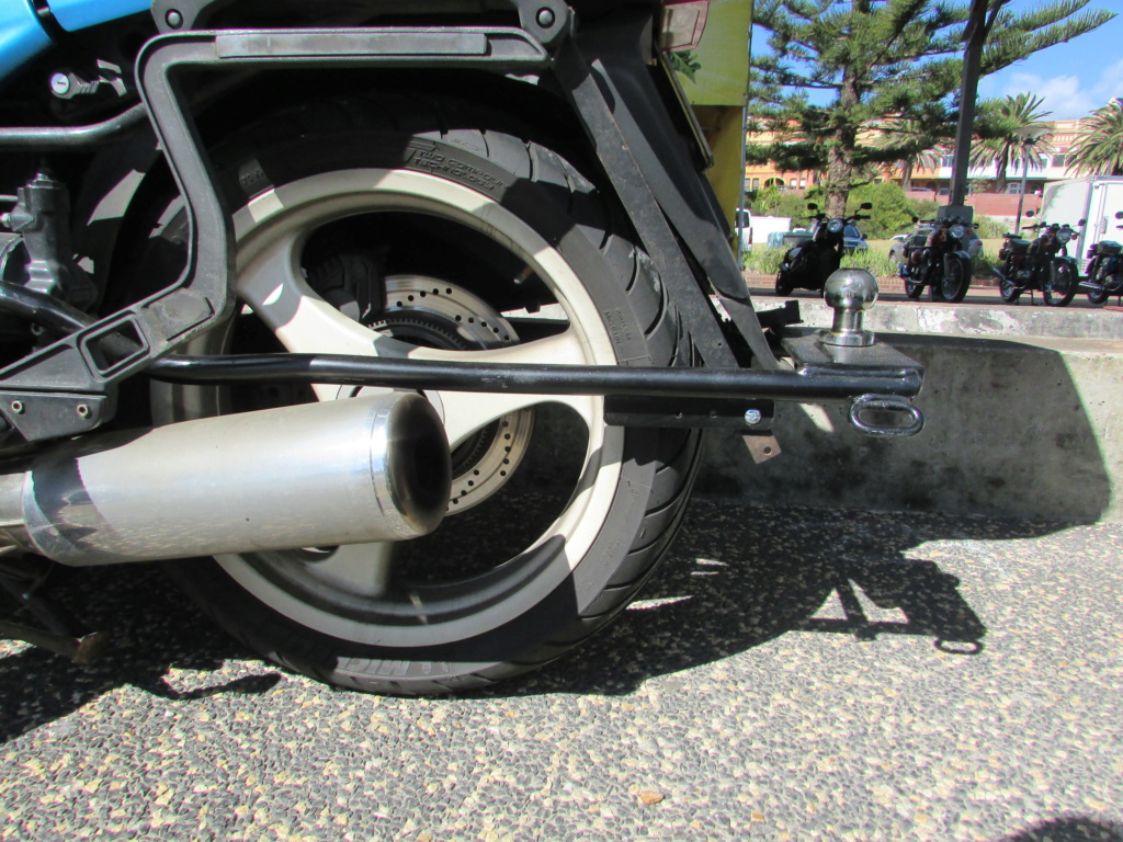 K1100RS tow hitch Img_1510