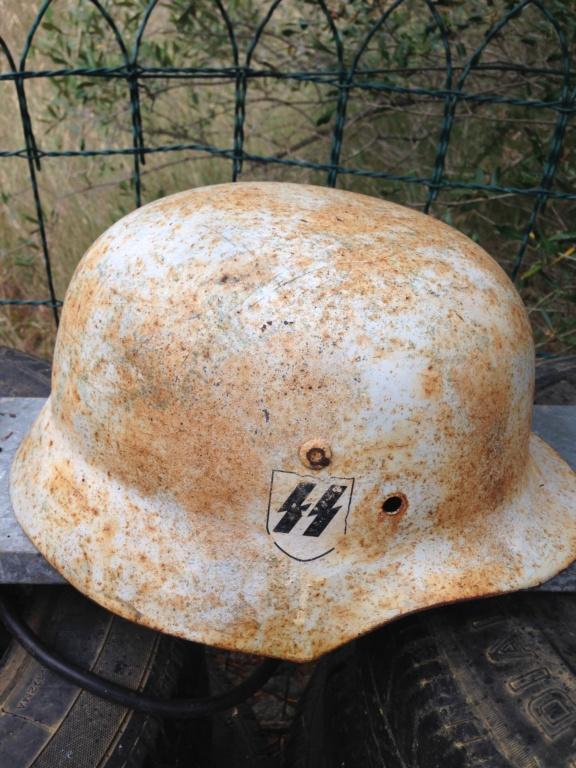 Demande d'identification casque allemands blanc  Img_2313