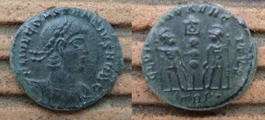 Nummus de Constance II Nummus10