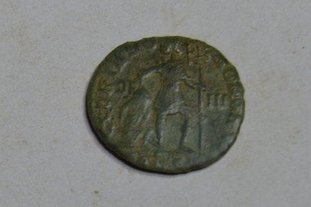 Nummus Valentinien 1er - Arles 364 - 365 ap JC Valenr10