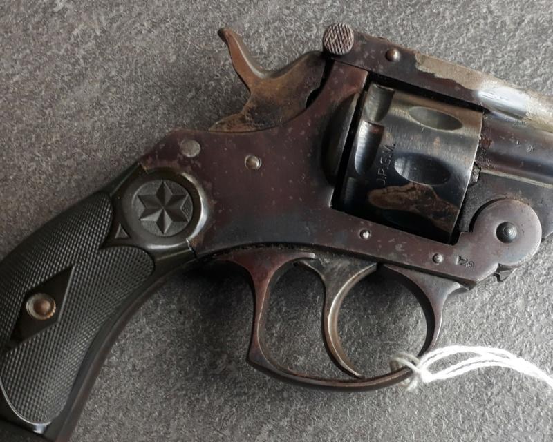 Identification / datation  revolver 22RF  20200811