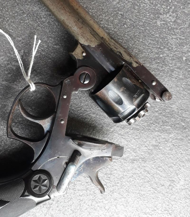 Identification / datation  revolver 22RF  20200813