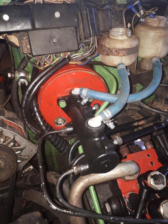 Tuyau BP reliant le bocal de liquide frein/embrayage au maître cylindre 20171110
