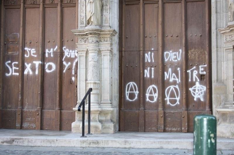 Pédophilie - Qui sont les cathophobes qui pourfendent l'Eglise de France Cathop10