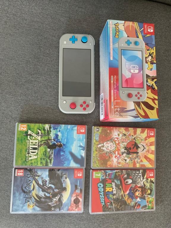 [VDS] Switch lite edition zacian & zamazenta neuve + 4 jeux et carte mémoire 264e6010