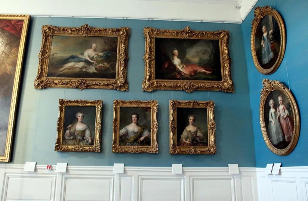 Le château de Versailles met ses reines à l'honneur 60fa2910
