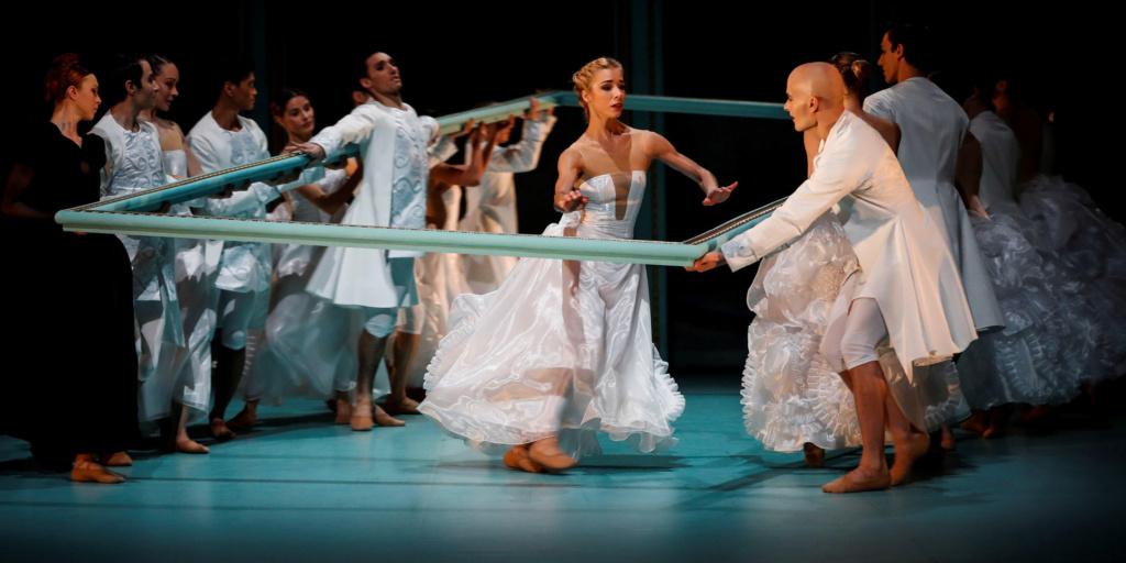 Marie-Antoinette Malandain Ballet Biarritz - Page 2 Marie-13