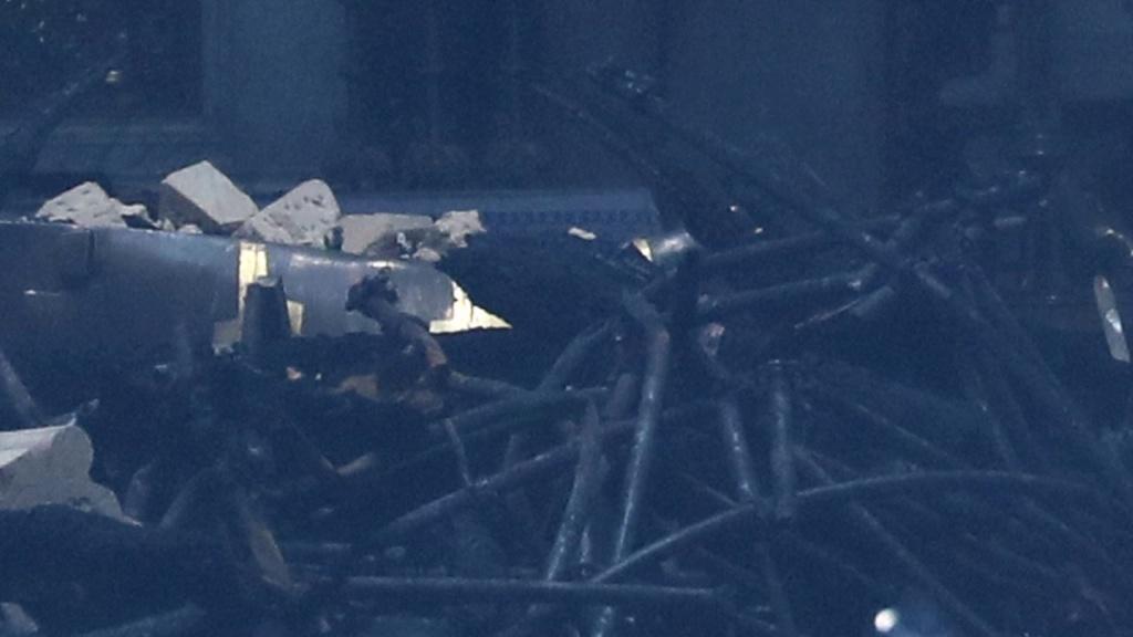 Terrible incendie de Notre Dame de Paris le 15 Avril 2019 au soir Zducre19