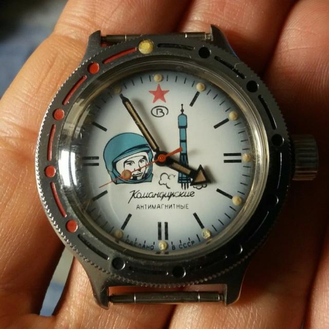 "Première vintage : Amphibia ""Gagarin"" S-l16010"