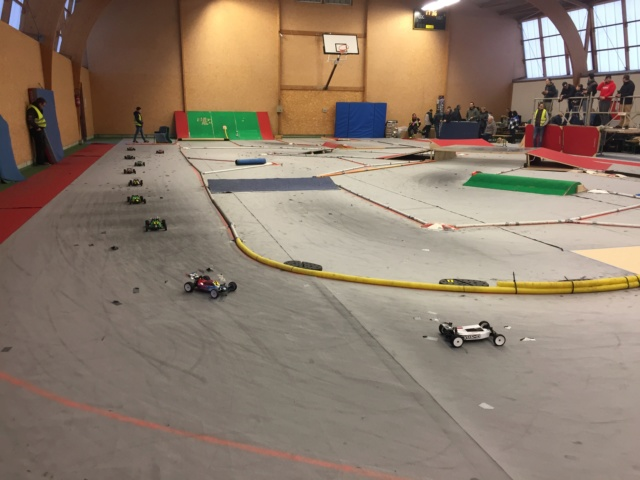 Course indoor 1/10tt MRCC Corzé 27 Janvier 2019  077b8210