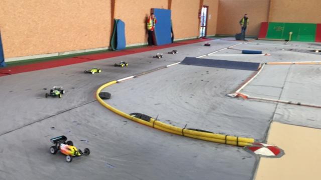 Course indoor 1/10tt MRCC Corzé 27 Janvier 2019  2c98ad10