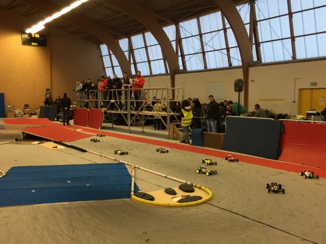 Course indoor 1/10tt MRCC Corzé 27 Janvier 2019  4dbbc210