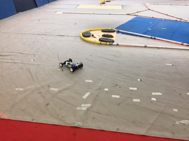 Course indoor 1/10tt MRCC Corzé 27 Janvier 2019  64041610