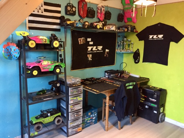 Romu's garage - Page 7 74461e10