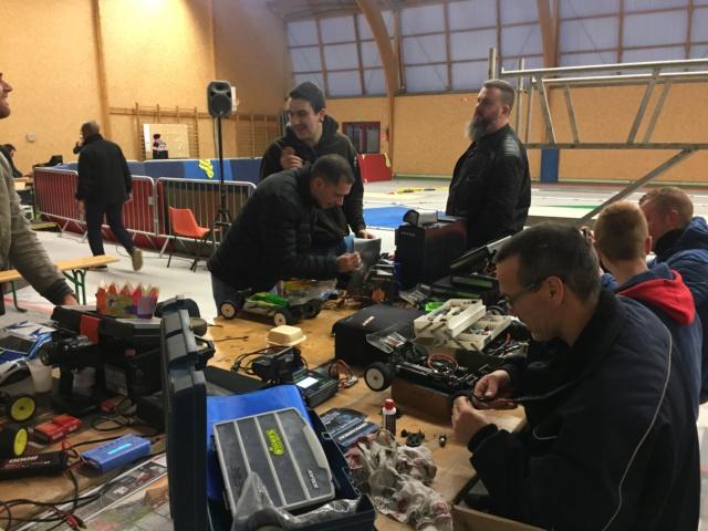 Course indoor 1/10tt MRCC Corzé 27 Janvier 2019  828e6210