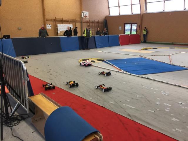 Course indoor 1/10tt MRCC Corzé 27 Janvier 2019  B08f4f10