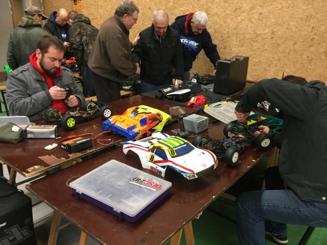 Course indoor 1/10tt MRCC Corzé 27 Janvier 2019  D2b58a10