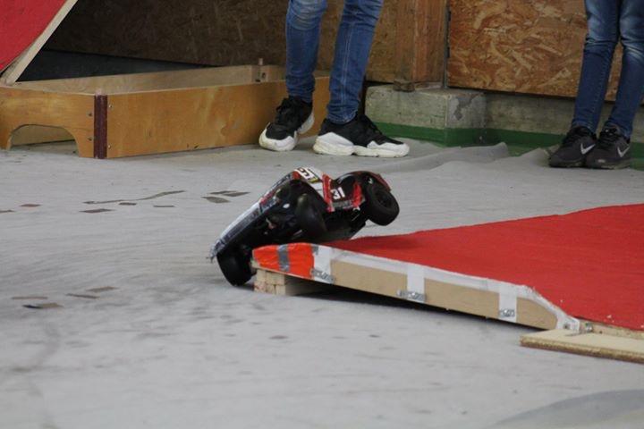 Course indoor 1/10tt MRCC Corzé 27 Janvier 2019  E3ebb910