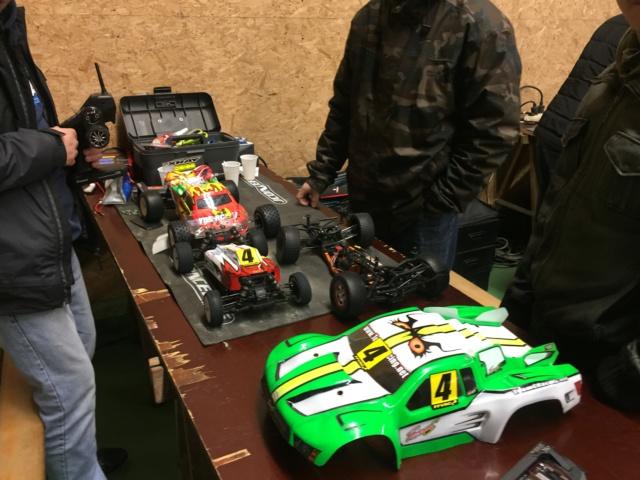 Course indoor 1/10tt MRCC Corzé 27 Janvier 2019  F214a610