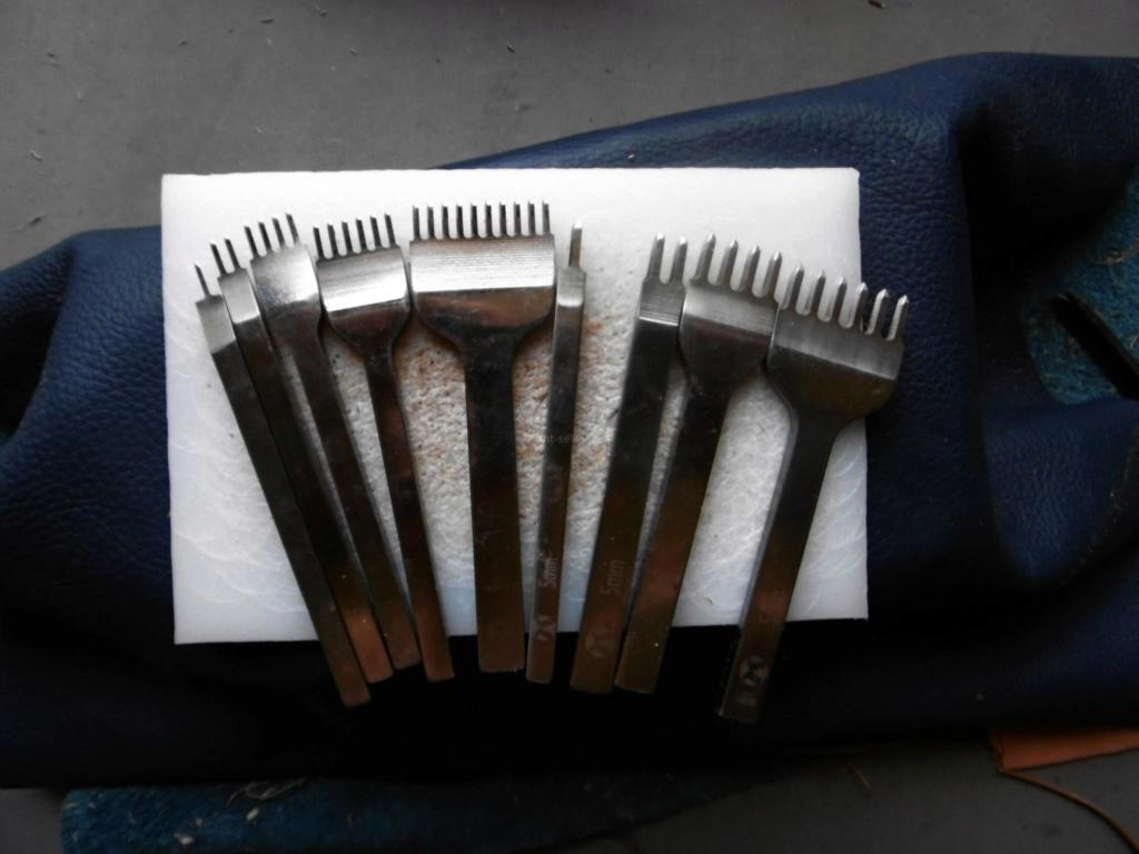 Nécessaire  outillages pour cuir Griffe10