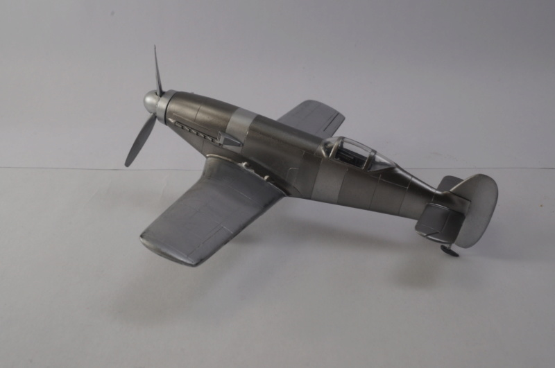 [Special Hobby] Messerschmitt Me 209V1, 1/72 - fini - Page 4 Dsc00814