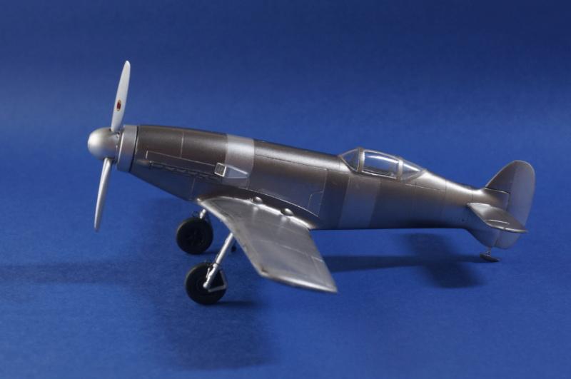 [Special Hobby] Messerschmitt Me 209V1, 1/72 - fini - Page 4 Dsc00817