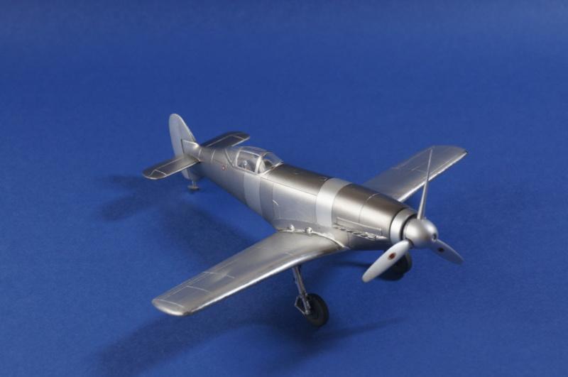 [Special Hobby] Messerschmitt Me 209V1, 1/72 - fini - Page 4 Dsc00819