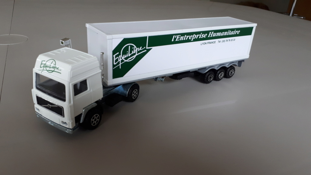 N°3055 Volvo Porte Container. 20181210