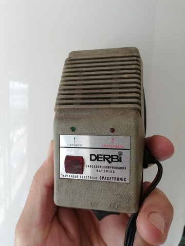Batería Derbi Variant botón rojo 34949210