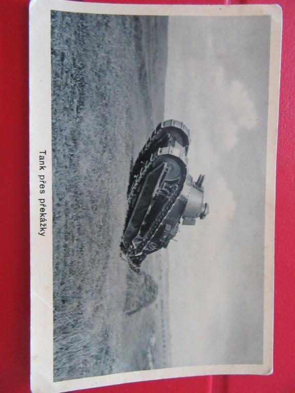 PHOTOS , CPA  tank RENAULT FT 17 en tchequoslovaqie et militaires Img_6010