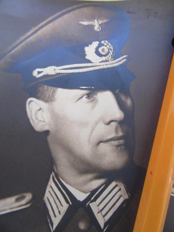 Demande IDENTIFICATION  OFFICIER Allemand WW2 Img_9728