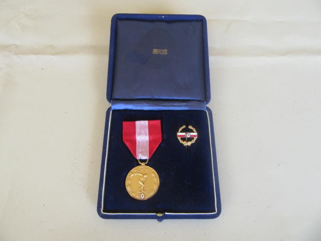 Demande IDENTIFICATION Médaille TUNISIENNE Img_9737