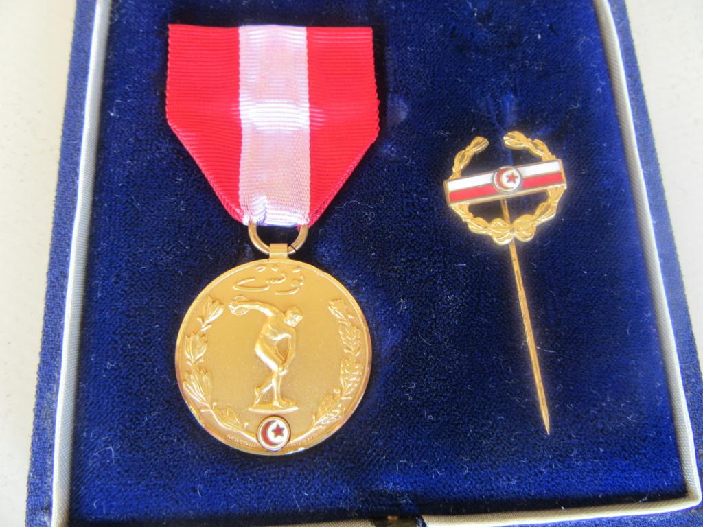 Demande IDENTIFICATION Médaille TUNISIENNE Img_9738