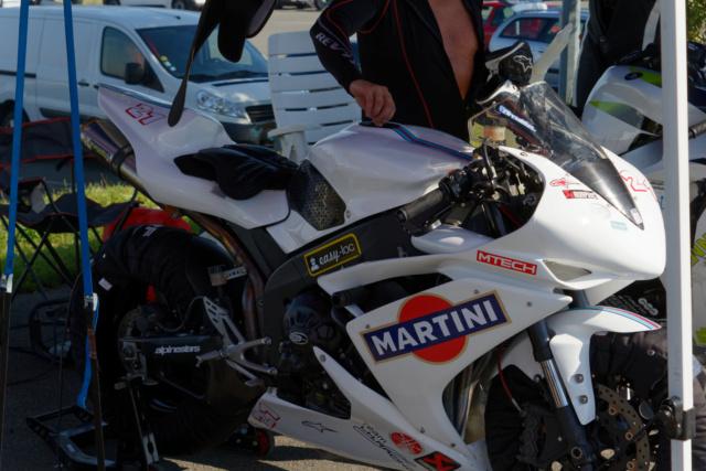Yamaha R1 2007/2008 20000km + jantes disque pneus pluie 6000euros 2021-012