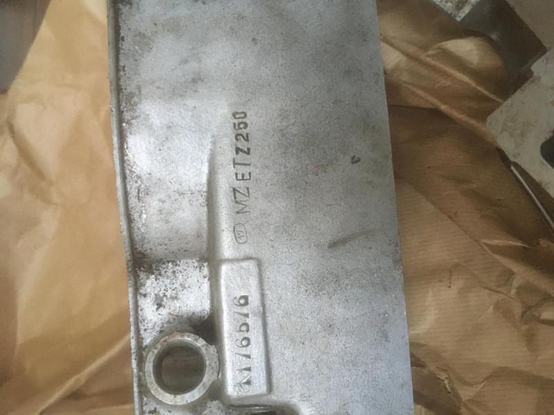 Inscriptions sur les moteurs 9106df10