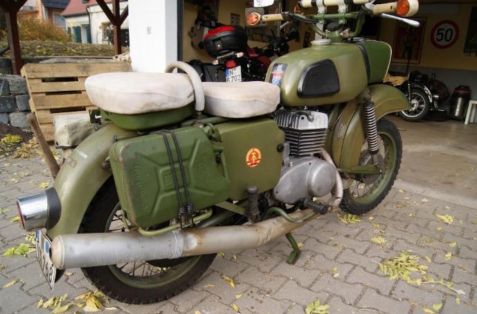 Historique : MZ de l'armée de RDA Bidon10