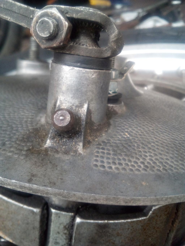 Joint baladeur sur le levier de frein arrière Levier12