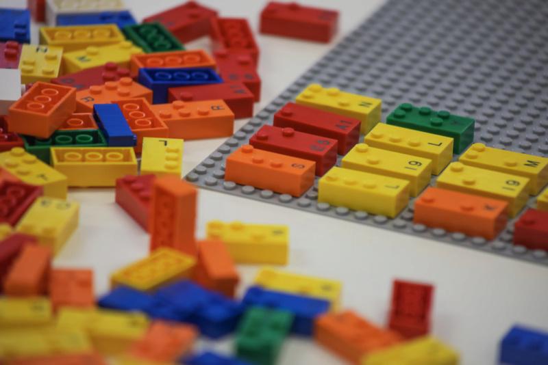 Το γνωρίζατε ότι...? Θέματα που αφορούν τα αγαπημένα μας Lego! - Σελίδα 13 B210