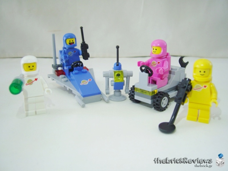ThebrickReview: 70841 Benny's Space Squad Oo10