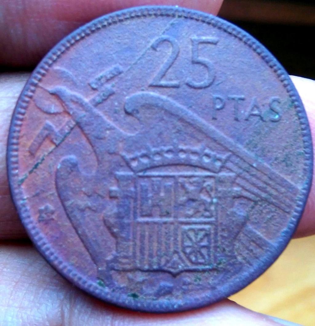 Error en moneda de 25 pesetas de Franco. Img_2035