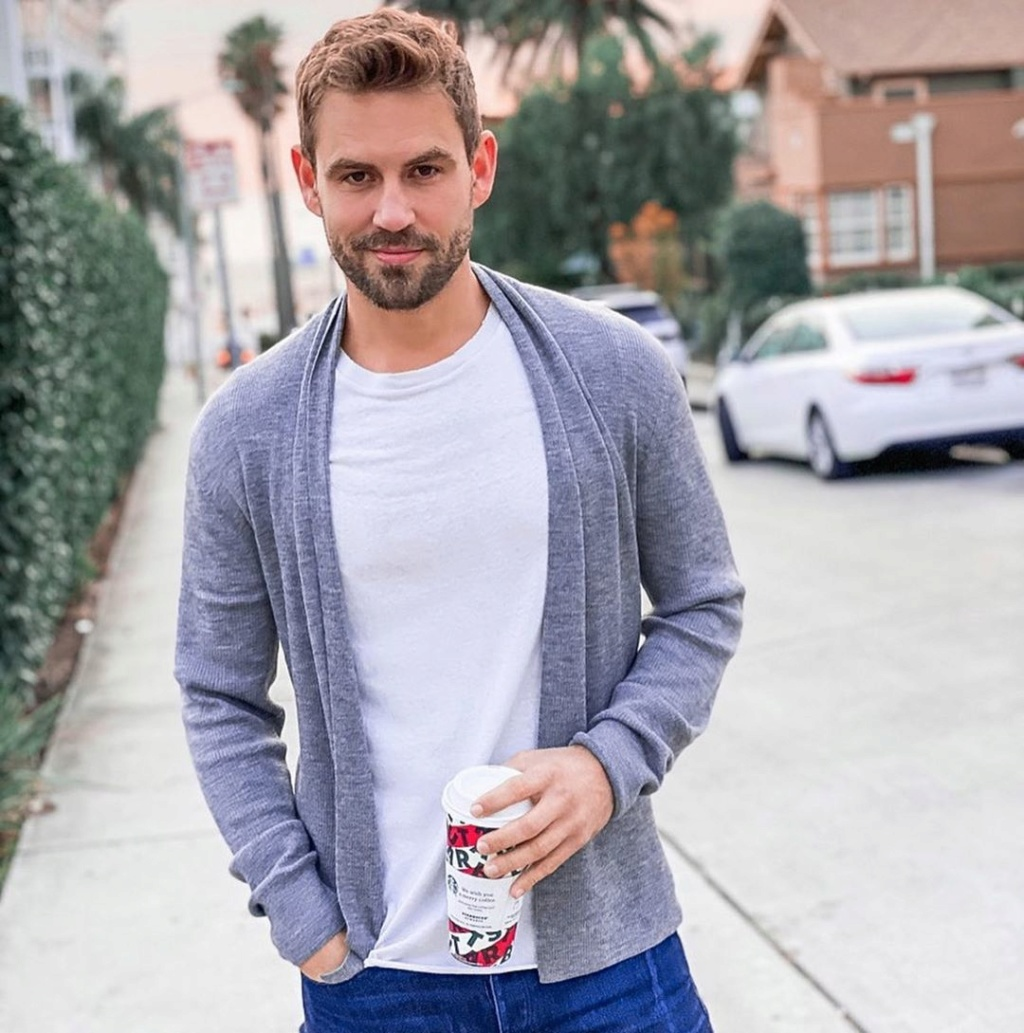 Nick Viall - Bachelor 21 - FAN Forum - Discussion #27 - Page 68 79389810