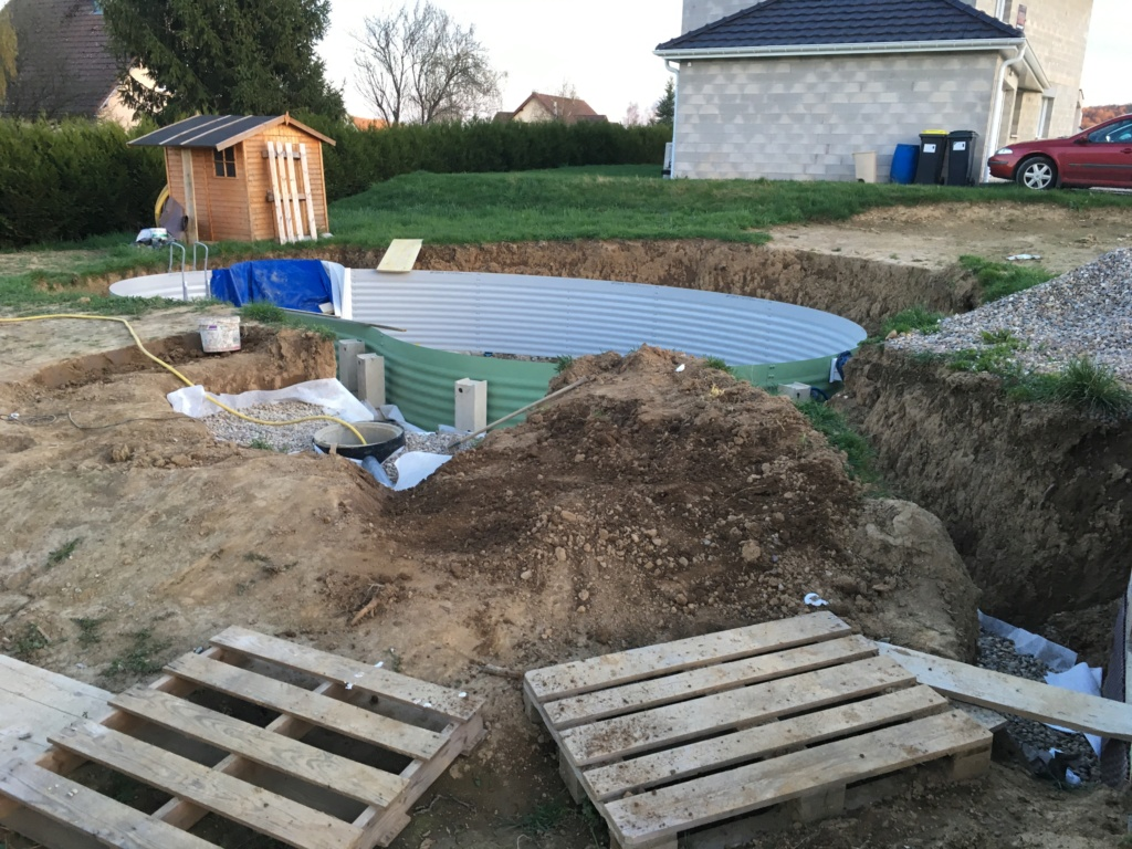 profondeur excavation / Gravier de drainage / plot réglable ? Img_2210