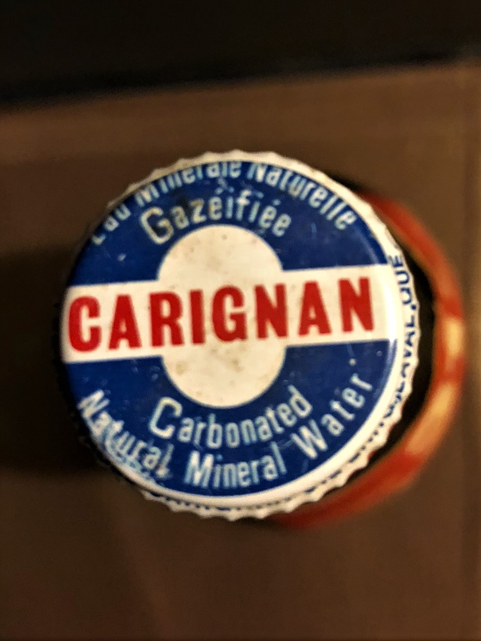 Eau minérale de marque Carignan Carign10
