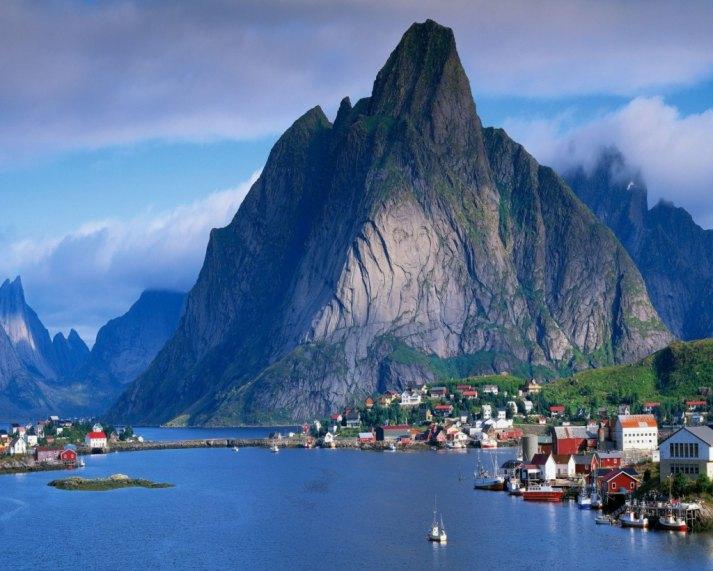 Роскошные пейзажи Норвегии 58b-1010