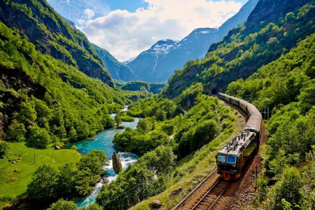 Роскошные пейзажи Норвегии - Страница 23 7210