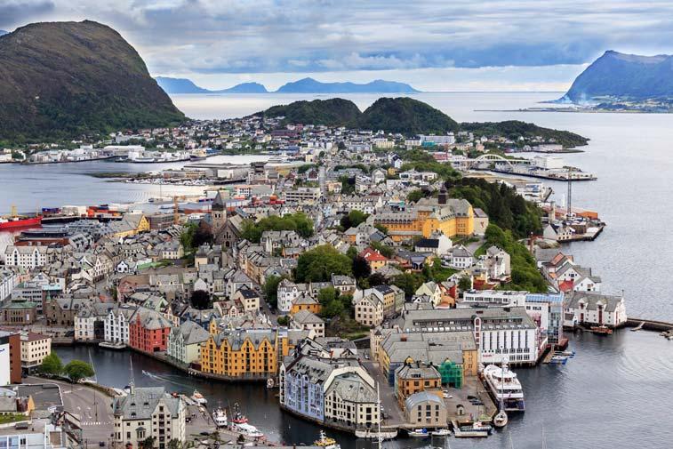 Роскошные пейзажи Норвегии - Страница 27 Alesun10