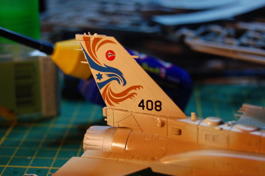 Kinetic F-16SUFA 1/72 Dsc_0059