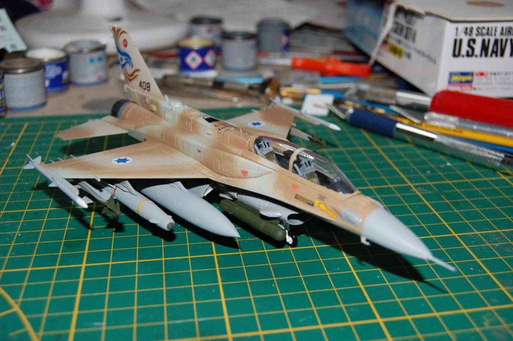 Kinetic F-16SUFA 1/72 Dsc_0063