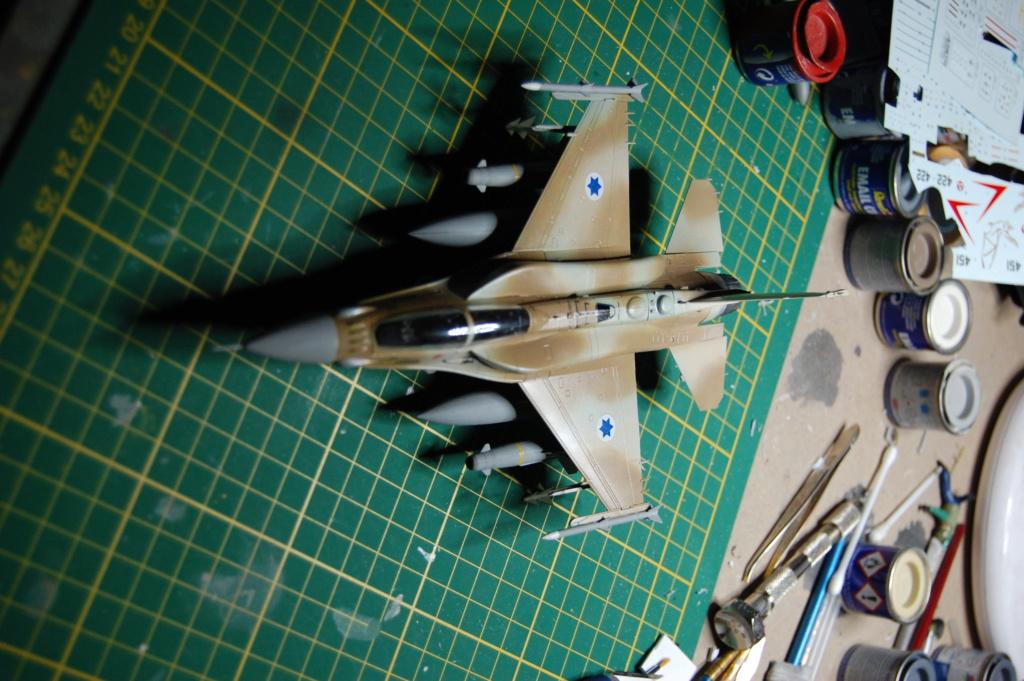 Kinetic F-16SUFA 1/72 Dsc_0065