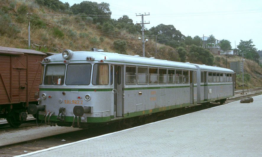 Ferrobus RENFE serie 591 a escala G 96424110